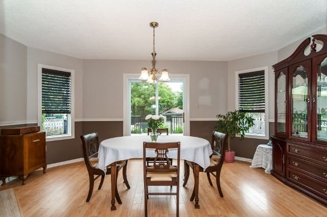 Detached at 81 Golden Meadow Rd, Barrie, Ontario. Image 19