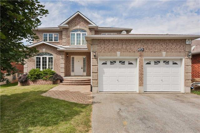 Detached at 122 Livingstone St, Barrie, Ontario. Image 1