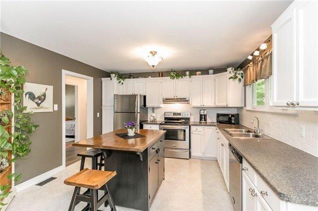 Rural Residence at 2273 S. Sparrow Lake Rd, Severn, Ontario. Image 18