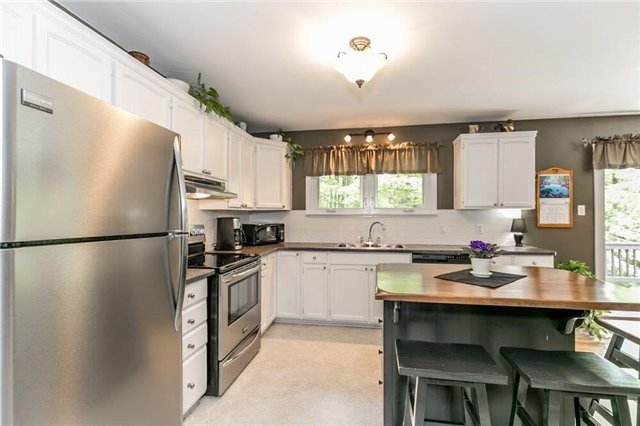 Rural Residence at 2273 S. Sparrow Lake Rd, Severn, Ontario. Image 19