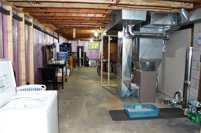 Rural Residence at 2273 S. Sparrow Lake Rd, Severn, Ontario. Image 11