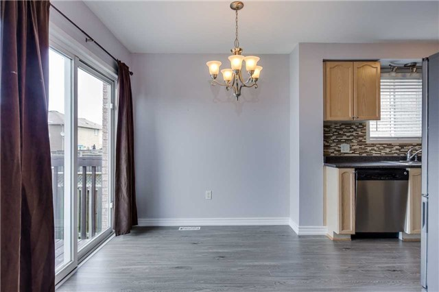 Detached at 20 Booth Lane, Barrie, Ontario. Image 17