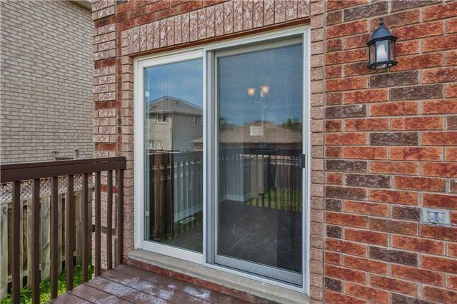 Detached at 20 Booth Lane, Barrie, Ontario. Image 10