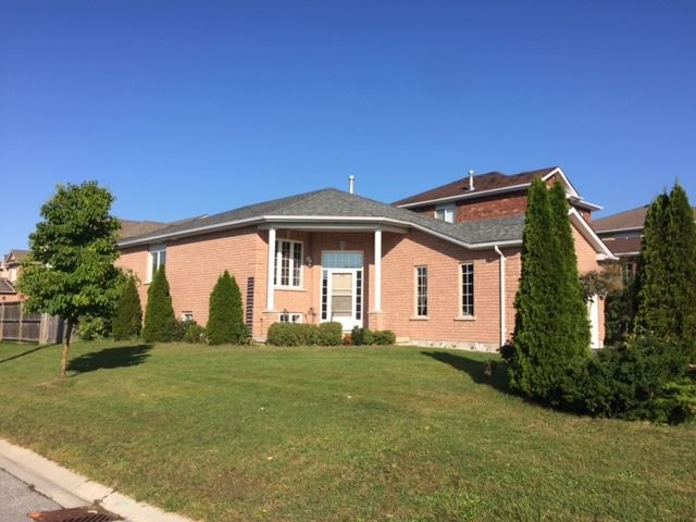 Detached at 20 Jagges Dr, Barrie, Ontario. Image 13