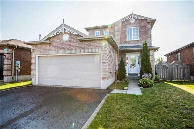 Detached at 36 Red Oak Dr, Barrie, Ontario. Image 1