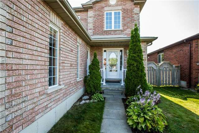 Detached at 36 Red Oak Dr, Barrie, Ontario. Image 9
