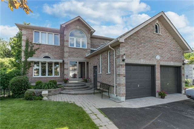 Detached at 101 Grace Cres, Barrie, Ontario. Image 1