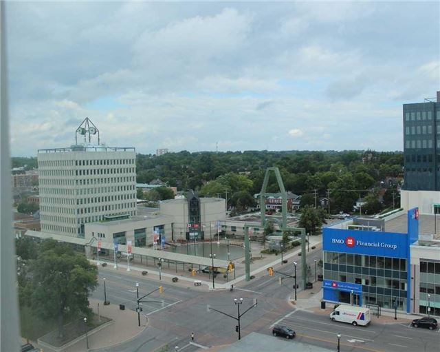 Condo Apartment at 140 Dunlop St E, Unit 1501, Barrie, Ontario. Image 11