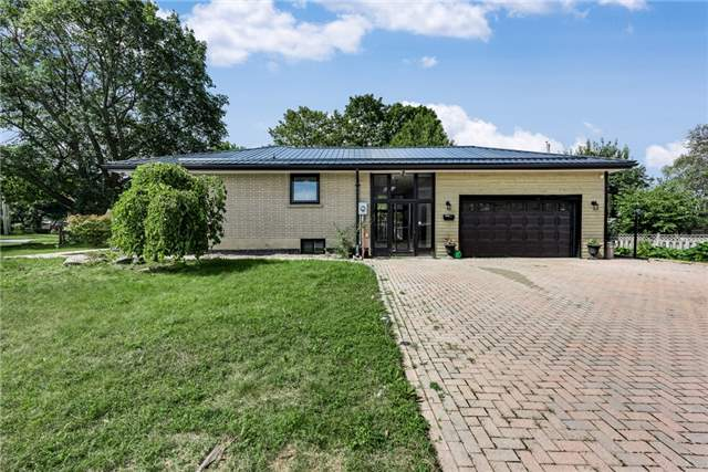 Detached at 30 Northpark Rd, Barrie, Ontario. Image 1