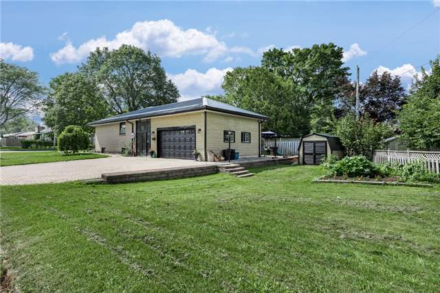 Detached at 30 Northpark Rd, Barrie, Ontario. Image 12