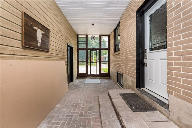 Detached at 30 Northpark Rd, Barrie, Ontario. Image 9