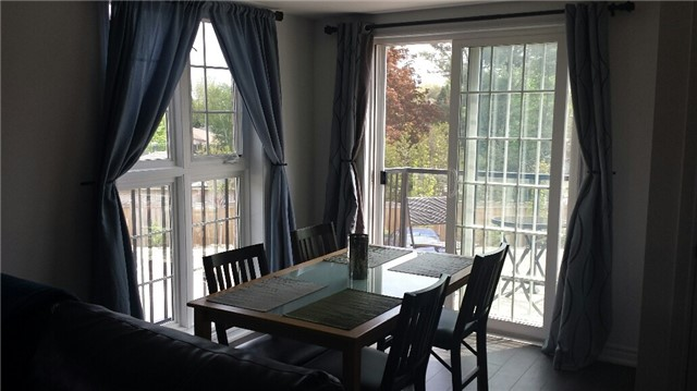 Condo With Common Elements at 47 Ferndale  Dr S, Barrie, Ontario. Image 3