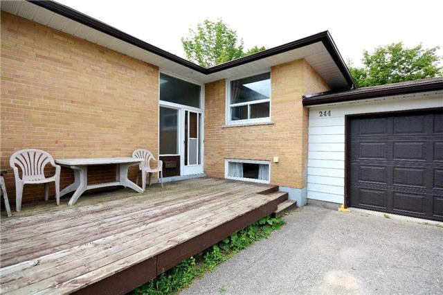 Detached at 244 St.Vincent St, Barrie, Ontario. Image 12