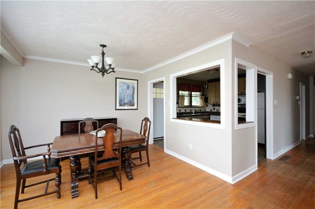 Detached at 244 St.Vincent St, Barrie, Ontario. Image 15