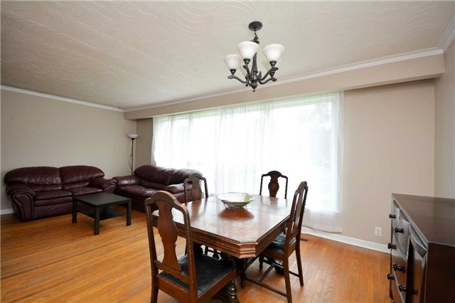 Detached at 244 St.Vincent St, Barrie, Ontario. Image 16