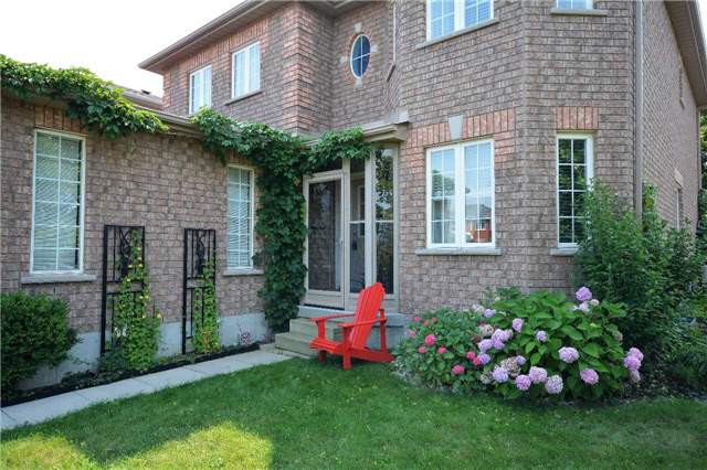 Detached at 145 Sundew Dr, Barrie, Ontario. Image 12