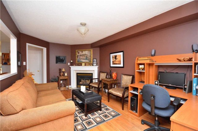 Detached at 145 Sundew Dr, Barrie, Ontario. Image 15