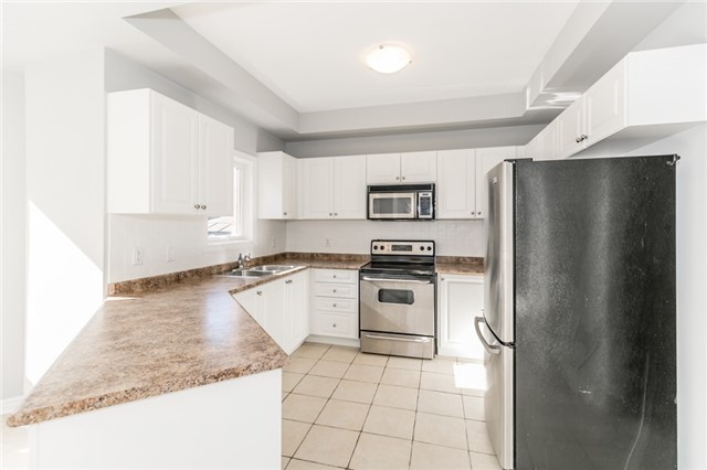 Detached at 15 Mcintyre Dr, Barrie, Ontario. Image 19