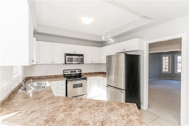 Detached at 15 Mcintyre Dr, Barrie, Ontario. Image 20