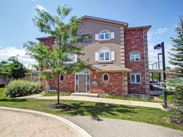Condo Townhouse at 135 Sydenham Wells Rd, Unit 3, Barrie, Ontario. Image 1