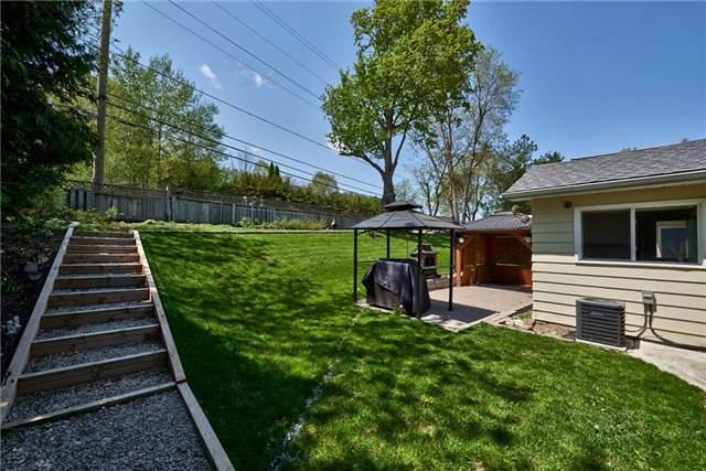 Detached at 732 Birchwood Dr, Midland, Ontario. Image 13