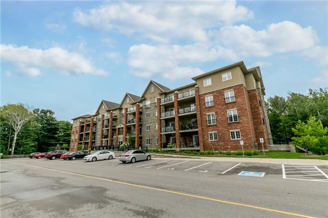 Condo Apartment at 43 Ferndale Rd S, Unit 109, Barrie, Ontario. Image 1
