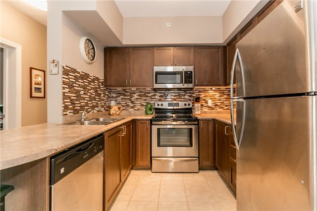 Condo Apartment at 43 Ferndale Rd S, Unit 109, Barrie, Ontario. Image 20