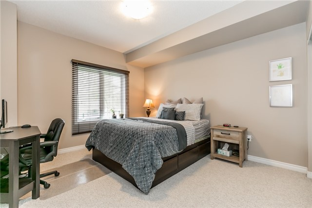 Condo Apartment at 43 Ferndale Rd S, Unit 109, Barrie, Ontario. Image 5