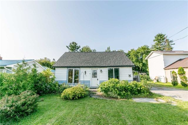 Detached at 5506 Cty Rd 90 Rd N, Springwater, Ontario. Image 1