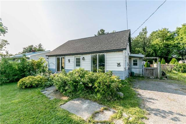 Detached at 5506 Cty Rd 90 Rd N, Springwater, Ontario. Image 12