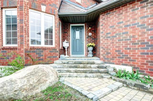 Detached at 279 Johnson St, Barrie, Ontario. Image 14