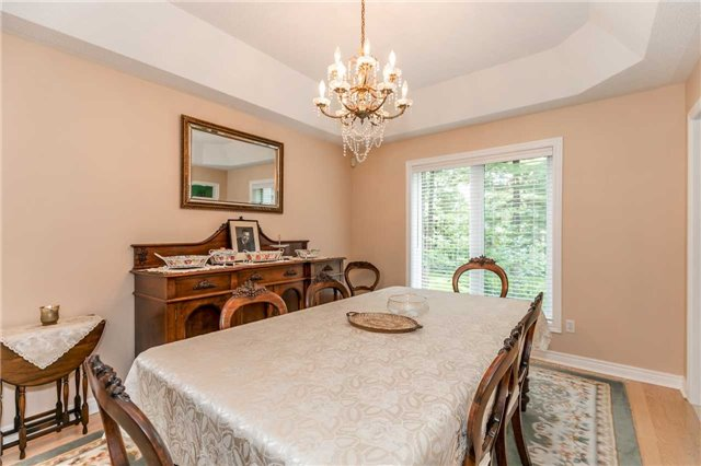 Detached at 19 Alana Dr, Springwater, Ontario. Image 17