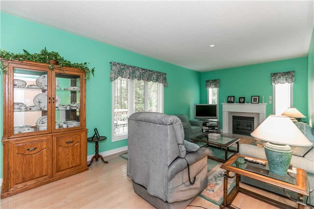 Detached at 19 Alana Dr, Springwater, Ontario. Image 20