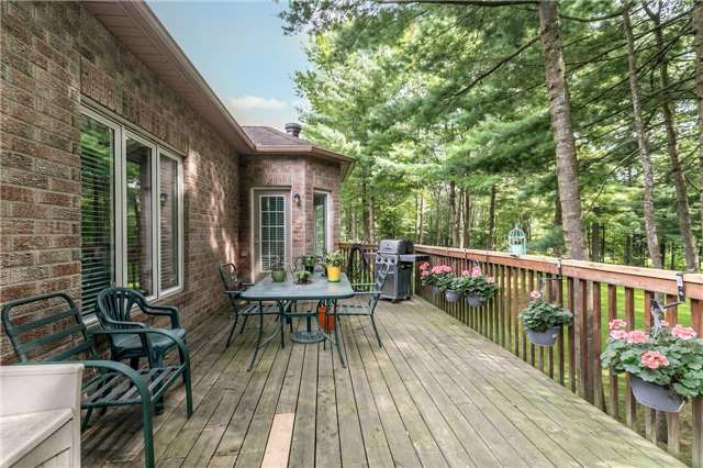 Detached at 19 Alana Dr, Springwater, Ontario. Image 13