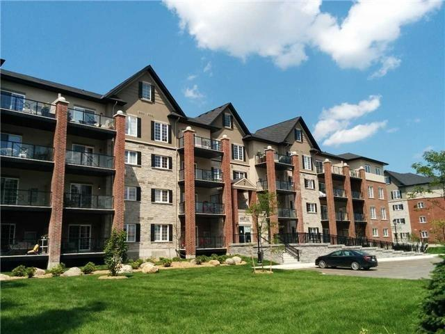 Condo Apartment at 7 Greenwich St, Unit 205, Barrie, Ontario. Image 1