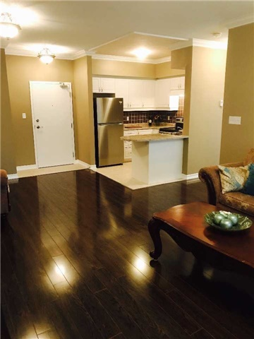 Condo Apartment at 7 Greenwich St, Unit 205, Barrie, Ontario. Image 12