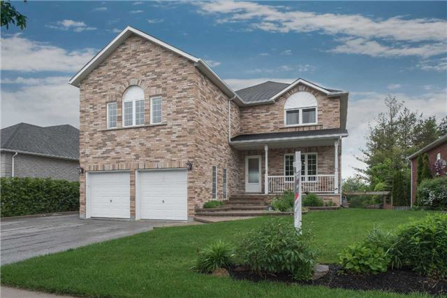 Detached at 42 Wildwood Tr, Barrie, Ontario. Image 1