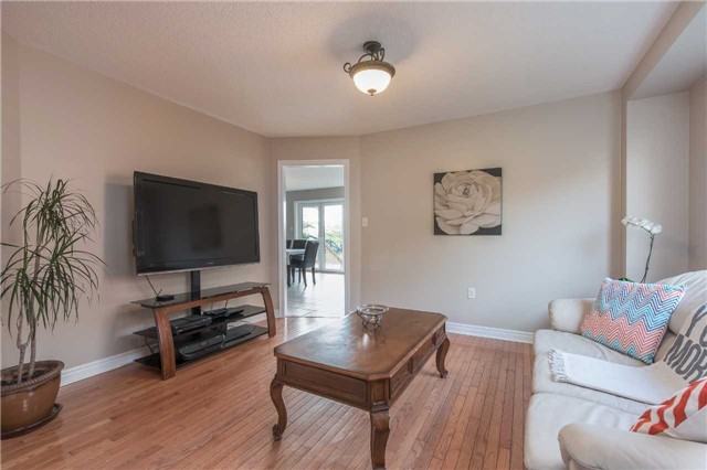 Detached at 42 Wildwood Tr, Barrie, Ontario. Image 15