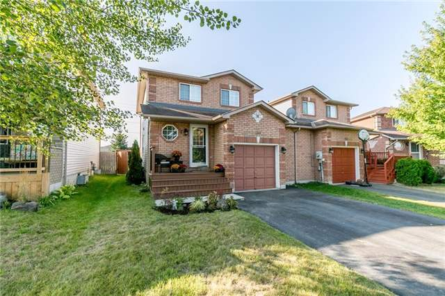 Link at 153 Nathan Cres N, Barrie, Ontario. Image 1