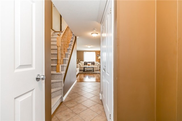 Link at 153 Nathan Cres N, Barrie, Ontario. Image 12