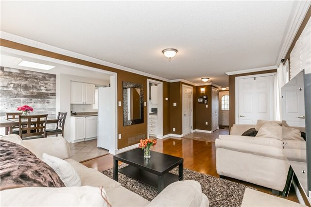 Link at 153 Nathan Cres N, Barrie, Ontario. Image 14