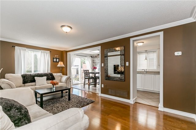 Link at 153 Nathan Cres N, Barrie, Ontario. Image 16