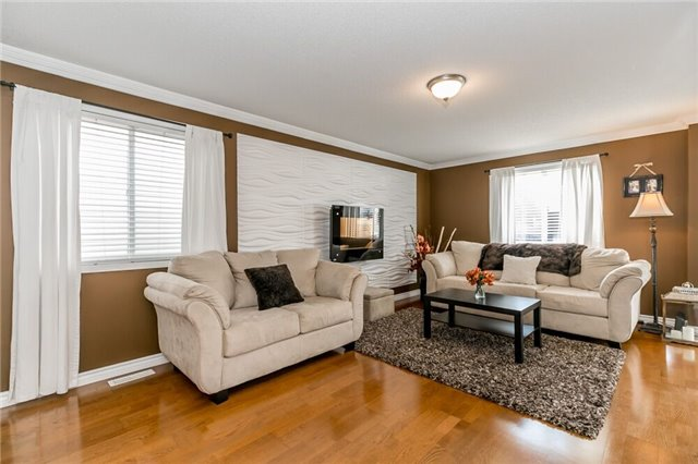 Link at 153 Nathan Cres N, Barrie, Ontario. Image 17