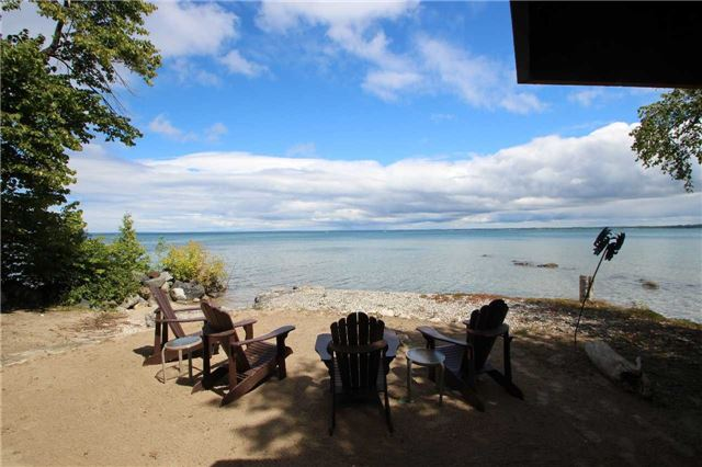 Cottage at 16 William Ave, Wasaga Beach, Ontario. Image 8