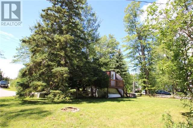 Cottage at 16 William Ave, Wasaga Beach, Ontario. Image 13