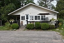 Cottage at 11 Parkside Dr, Tiny, Ontario. Image 17