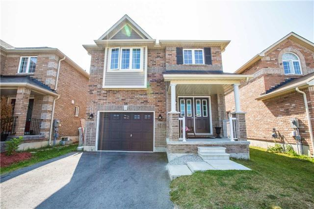 Detached at 34 Crew Crt, Barrie, Ontario. Image 1