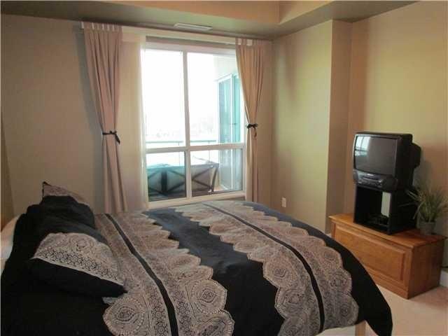 Condo Apartment at 2 Toronto St, Unit 501, Barrie, Ontario. Image 10