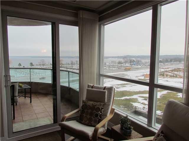 Condo Apartment at 2 Toronto St, Unit 501, Barrie, Ontario. Image 2