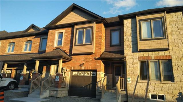 Townhouse at 25 Deneb St, Barrie, Ontario. Image 1